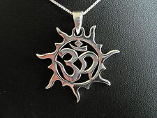 Sterling Silver (925)  Om In Swirly Sun Pendant With Silver Necklace !!  New !!