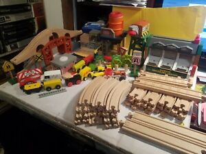 61 piece Wooden Train track playset Sodor town (Thomas the tank)