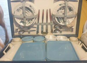 VINTAGE BREXTON PICNIC SET in ORIGINAL CASE COMPLETE HAMPER FLASK BOTTLES PLATES