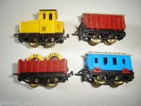 FREIGHT MODEL TRAIN WAGONS SET 1995 1:160 N - KINDER SURPRISE PLASTIC MINIATURES