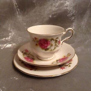 Vintage Queen Anne Pink Rose Trio 8539