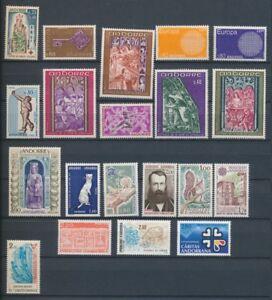 ANDORRE Français lot de timbres N* Cote 123,70 € V178