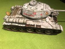 TRUMPETER T-34/85 Model 1944  00904  gebaut built  1:16