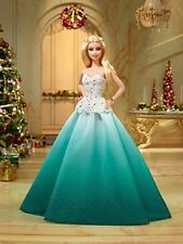 Barbie collection Happy Holiday 2016 peace hope & love blonde  robe bleu/vert