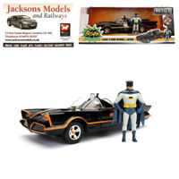 "Jada Toys 98259 1966 Batman Batmobile ""Classic TV Series"" with Figure 1:24 Scale"