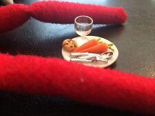Elf Doll House 1:12 Christmas Eve Plate Santa Boy Girl Game Fun Toy