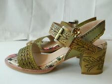 Lartiste Spring Step Green Multi Color Avonora Heels 39 8.5