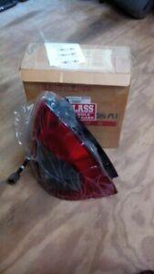 Driver Tail Light Hatchback 5 Door Fits 98-99 NUBIRA 1400703
