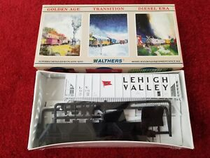 Walthers Lehigh Valley Covered Hopper PS-2CD 4427 LV #51115 HO scale kit sealed