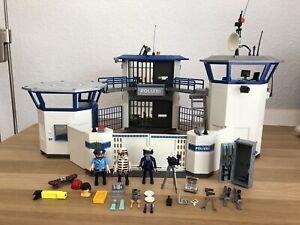 Playmobil 6872 Polizei Kommandozentrale Polizeistation