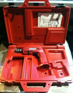 """MILWAUKEE HOLE SHOOTER 3/8"""" VARIABLE SPEED KEYED CORDLESS DRILL W/ CASE, MANUALS"""