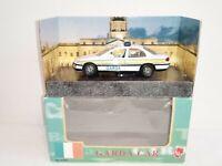 Opel / Vauxhall Omega Garda Car - Irish Police Car Diecast Model - 1:43 Scale