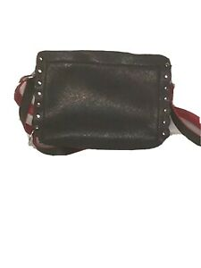 MIA & LUCA Purse Small in size Inner pockets with red wallet