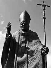 FOTO STATUA Papa Giovanni Paolo II suwalki Polonia Cappello CROCE personale POSTER bmp10351