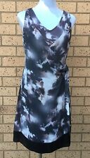 SIMPLY VERA WANG Womens Dress Size 8 Wrap Style Abstract Print
