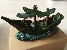 DECORATION FOR AQUARIUMS - PIRATE SHIP