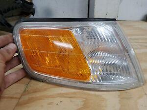 1994-1997 Honda Accord Passenger Right Corner Marker Turn Signal Light S&D