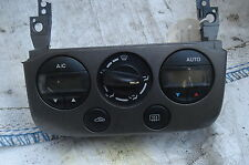 Nissan Primera 2000 Calentador de panel de control