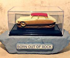 ✴️ BORN OUT OF ROCK Handmade 1:43 Modelcars Citroën DS Porcelain Modelcar Art