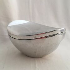 NAMBE' Butterfly 2-Quart Covered Casserole by Neil Cohen MT0101