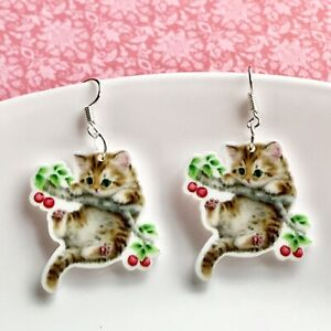 Cute Hang In There Kitten /Cat Dangle Fun Earrings / Quirky/ Retro Vintage Style