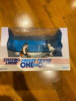 97 Starting Lineup NHL Hockey Freeze Frame One On One Lindros/Kariya