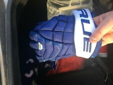 "BRAND NEW TRUE XC9 Pro Hockey Gloves, 12"" Toronto Maple Leafs Colours"