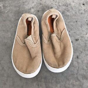 Garanimals Nude Beige Baby Girls Boys Shoes B SZ 7