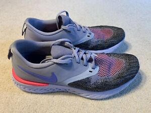 Nike Odyssey React 2 Flyknit ladies running trainers in grey/black - size 6.5