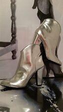 """Partito delle donne sexy stivali """"BURBERRY"""" 100% Pelle verniciata in argento, Tacchi EU 37 1/2"""