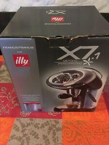 Macchina caffè ILLY rossa x7.1 metodo iperespresso nuova capsule