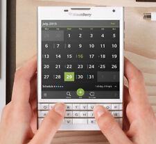 """BLACKBERRY PASSPORT Q30 White 3gb Ram 32gb Rom 4.5"""" Screen Unlocked Smartphone"""