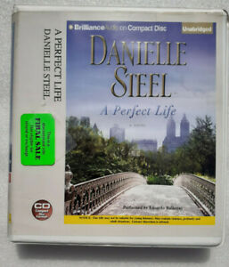 A Perfect Life : A Novel by Danielle Steel (2016,  7 Compact Disc Audio Book