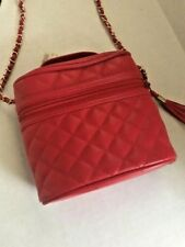 Vintage MUNDI Bright Red Quilted Camera Bag with Gold Chain Shoulder Strap NWT