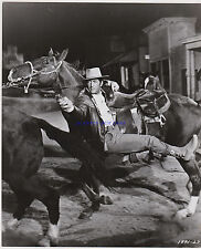 ROUGH NIGHT IN JERICHO 5 ORIG 8X10S DEAN MARTIN JEAN SIMMONS GEORGE PEPPARD