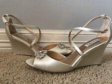 New BADGLEY MISCHKA Women's Abigail Jeweled Ivory Dress Sandals Sz 11 $225