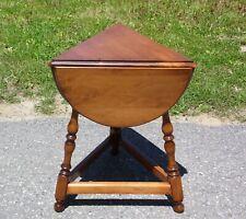 Mid Century O'Hearn Solid Sugar Maple Cloverleaf Triangle Drop Leaf Table