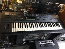 Yamaha DX7 II FD , FM  Analog Vintage Synthesizer  61 key keyboard  //ARMENS//
