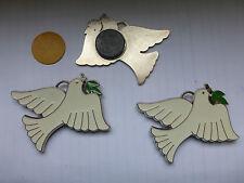 lot de 3 colombe ST ESPRIT  métal émaillé pendentif aimant ancien stock SUPERBE