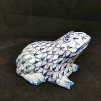Andrea By Sadek Frog Figurine Blue White Fishnet Porcelain Hand Painted
