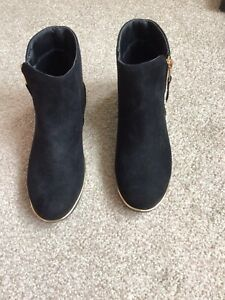 Girls Lipsy Black Suede Ankle Boots Size 2