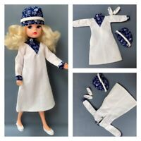 PEDIGREE 1979 'SOCIETY MISS' COMPLETE SINDY DOLL OUTFIT (REF 44204) white dress