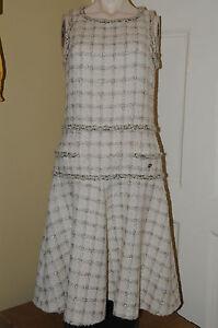 Neuf Chanel Chaîne Or Lurex Noir Ecru Beige Crème Tweed Costume Robe 36 34