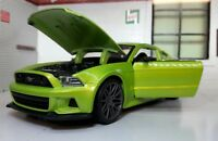 Ford Mustang 2014 GT Green Street Racer 1:24 Scale Diecast Super Model Car 31506