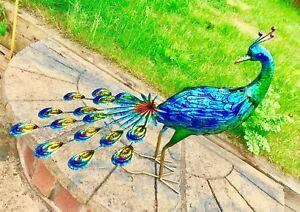 Beautiful Large Peacock Bird for Garden Statue or Decorative Ornament