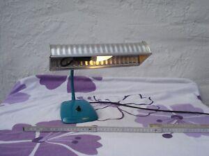 Eine DDR Tischlampe mit Schwanenhals Kult