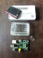 Raspberry Pi 1 Model B [RPi 1.0] + Mini-Touchscreen + Gehäuse + MicroSD-Adapter