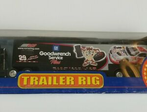 Winners Circle Kevin Harvick 29 Goodwrench Tractor Trailer 1:64 Scale Die Cast