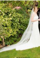Size 12/14. Irish lace.  Strapless. Wedding dress. Stunning