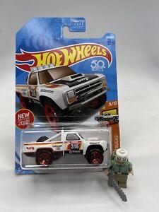 Hot Wheels 2018 '87 Dodge D100 4x4 Pickup Truck Off-road First Rare HTF New